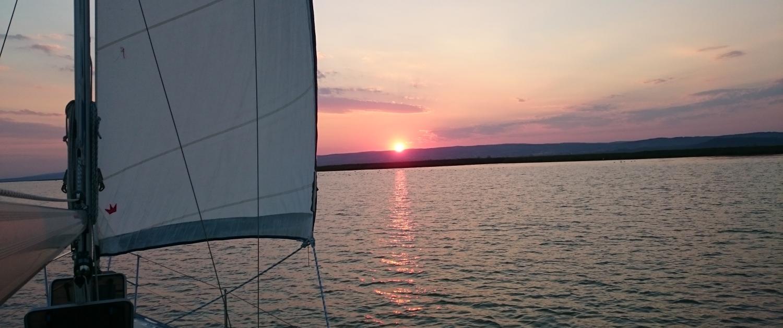 consuela sonnenuntergang - Startseite-time4sail-charter-neusiedlersee-segeltörn